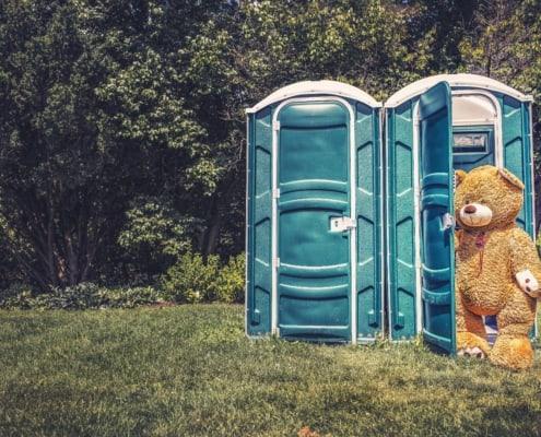 Banco de imágenes Gratisography - Teddy Bear Toilet